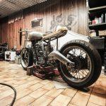 garaje retro moto