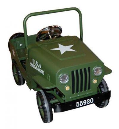 coche pedales guerra niños